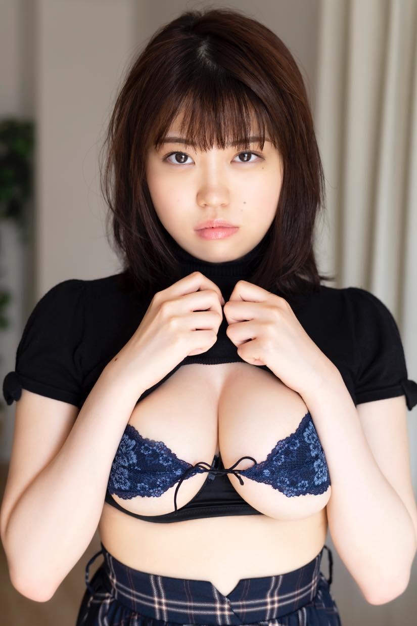 麻亜子「Gカップバスト」が揺れて揺れて揺れまくり!【写真18枚】の画像009