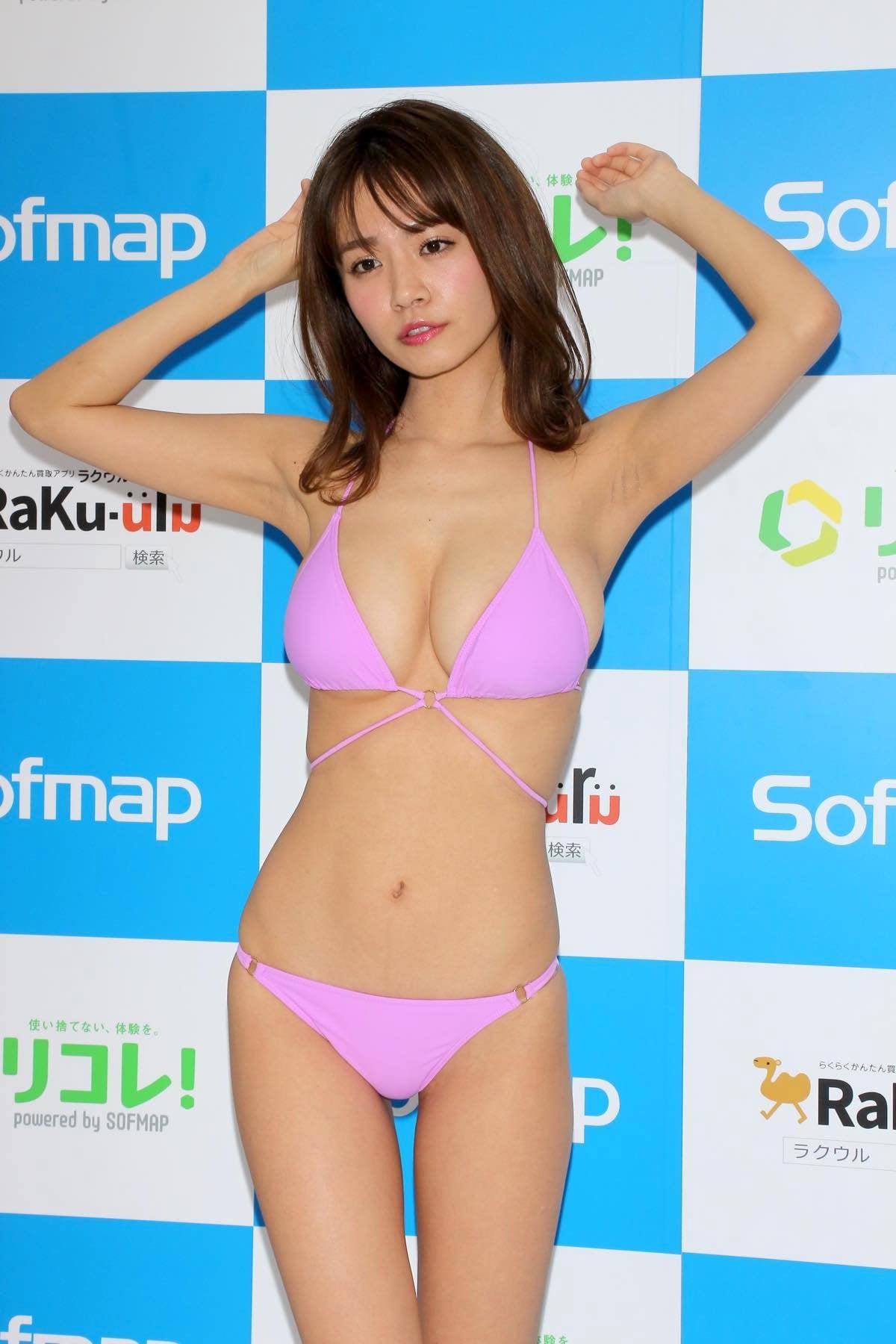 菜乃花のグラビア水着ビキニ画像16