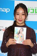 西田麻衣「きわどい水着が多かった」44枚目のDVDでも攻めまくり!【写真37枚】の画像029