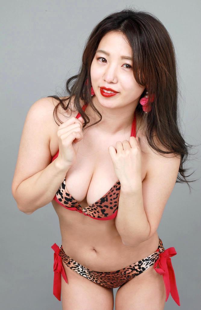 高田千尋「セクシーすぎる女芸人」の女豹ビキニ姿が妖艶!【写真19枚】の画像007