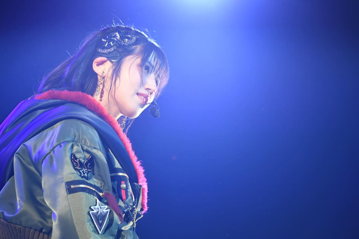 AKB48追加公演で「台風15号被災者への募金」を呼びかける【写真12枚】の画像001