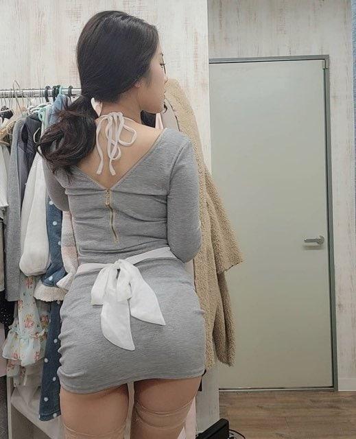 鋼のGカップ・内田瑞穂「新妻が半ケツで誘惑」艶やかすぎる後ろ姿にドキッ!【画像2枚】の画像002