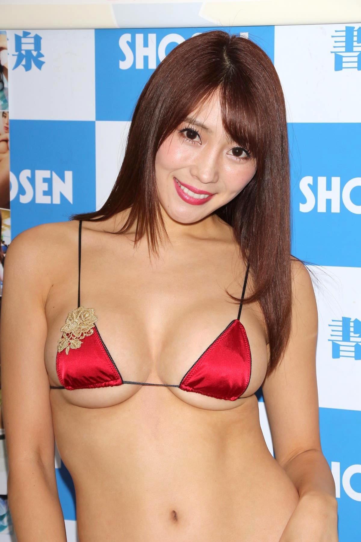 森咲智美の水着画像9