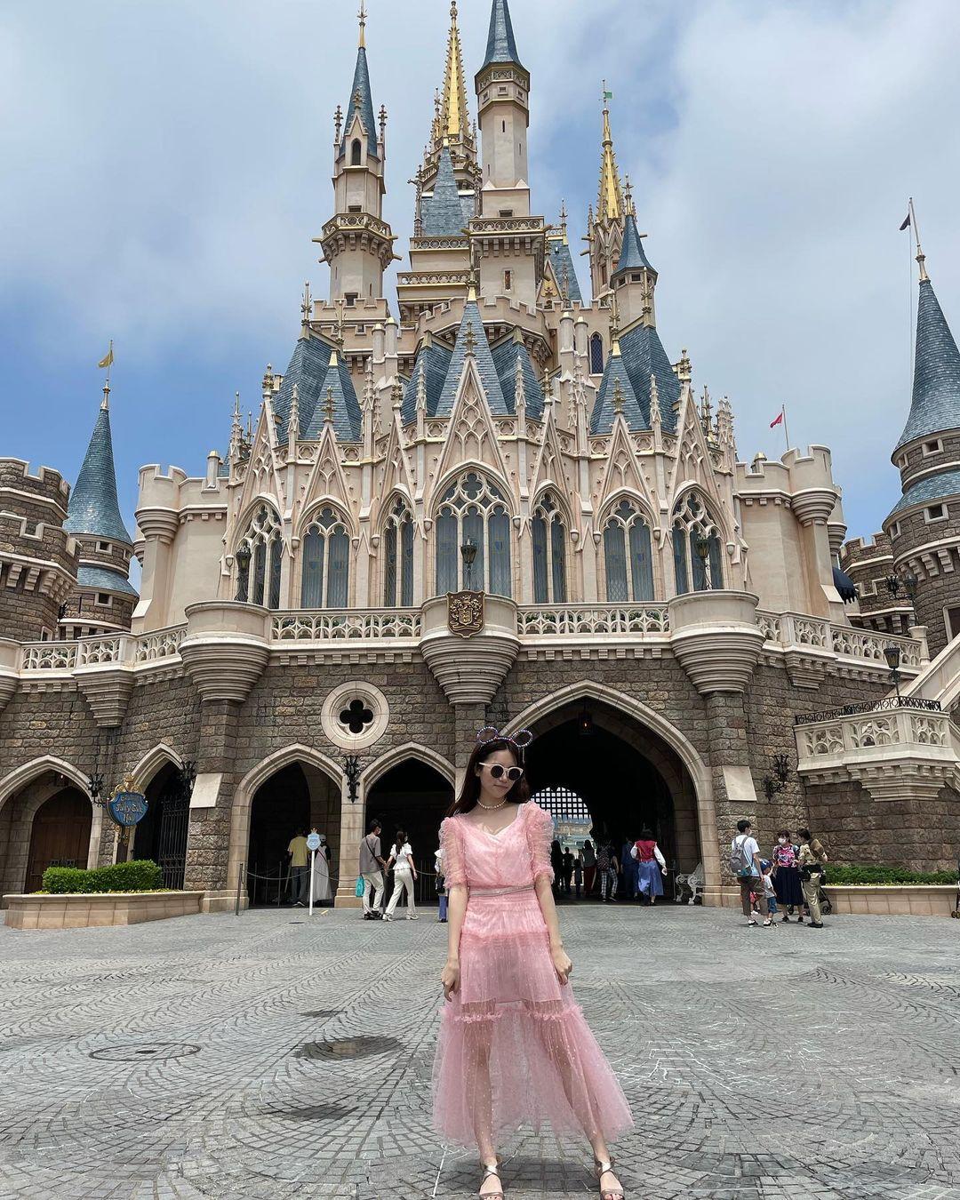 元AKB48島崎遥香「プリンセスですか?」「リアルお姫様」ピンクのシースルードレスにファン歓喜【画像3枚】の画像002
