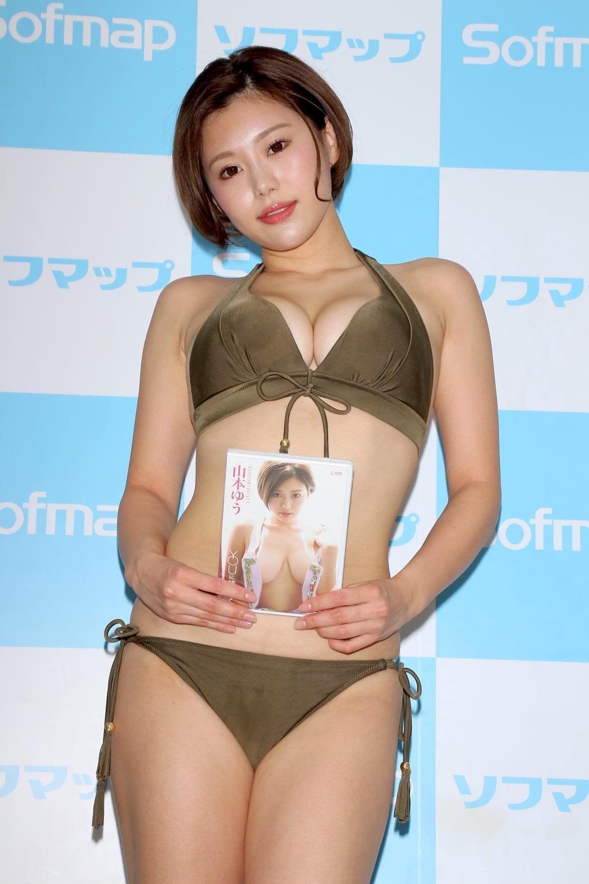山本ゆうのグラビア水着ビキニ画像27