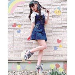 NMB48岡本怜奈「ミニスカ&ツインテールの破壊力!」美脚を披露に反響の画像