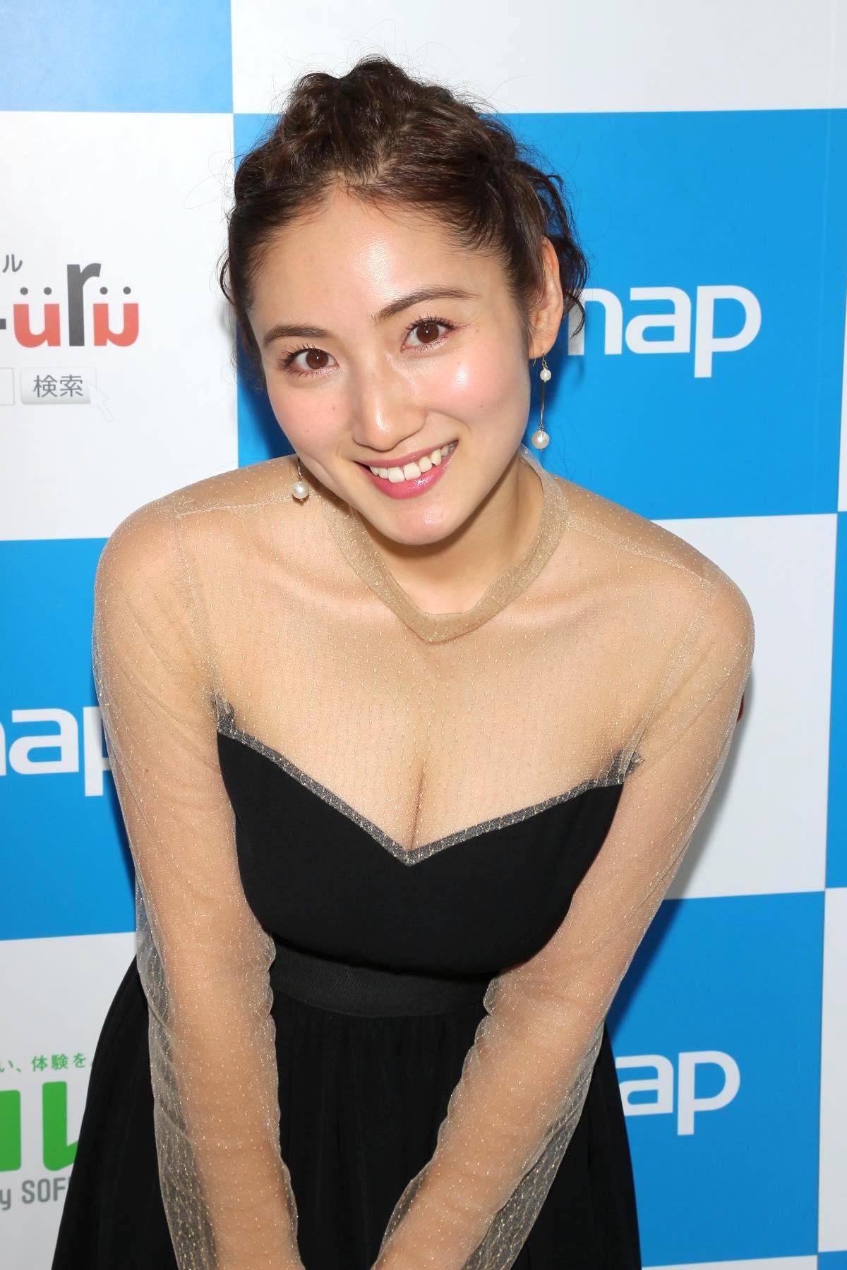 紗綾のグラビア水着ビキニ画像0025