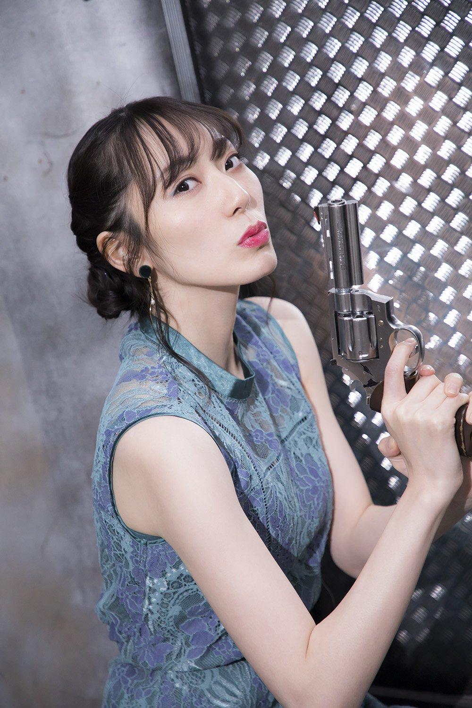 元AKB48松井咲子「肌見せ全開の写真集」オフショットのアザーカットを公開!【画像7枚】の画像005