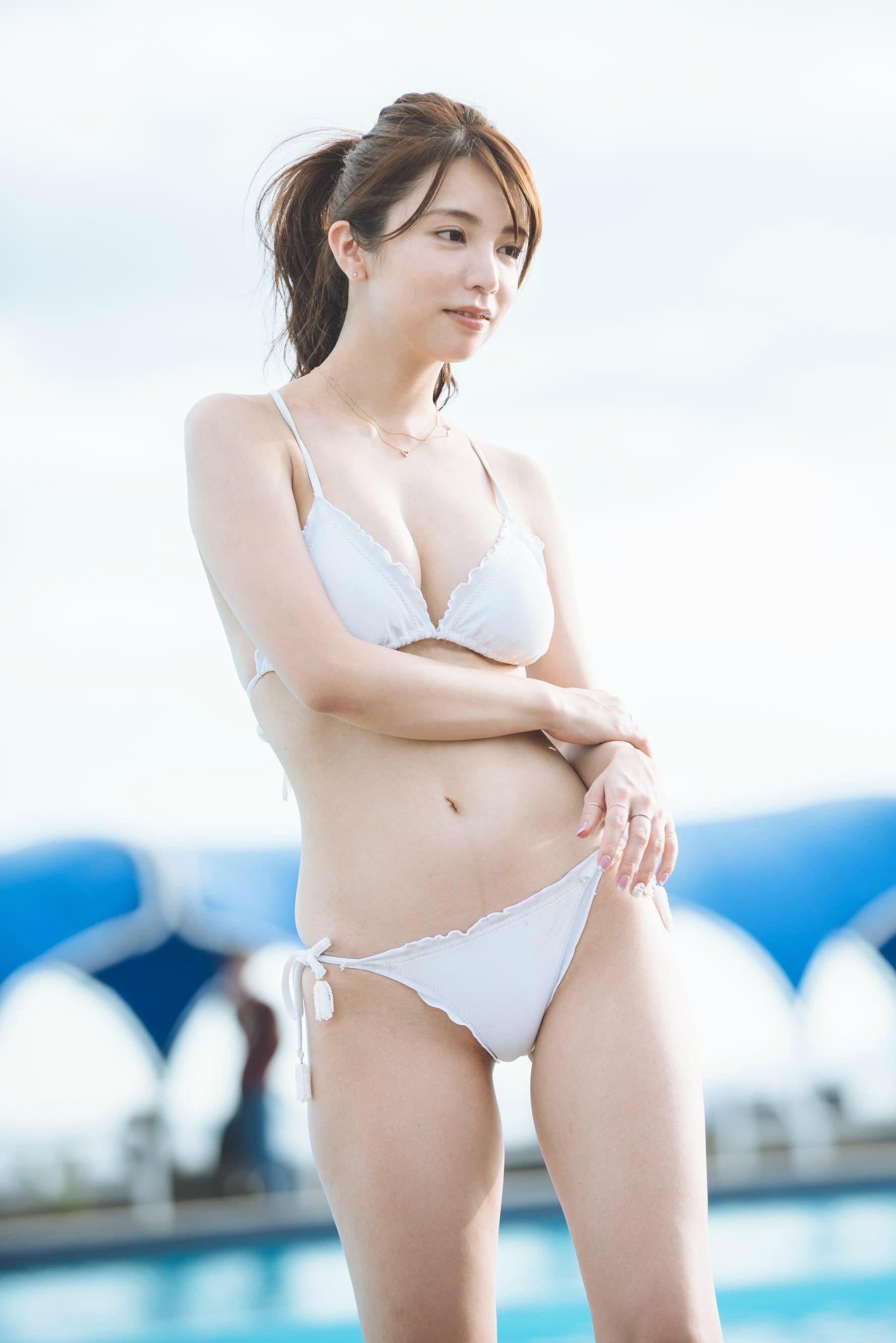 仲村美海、期待の大型新人が見せたフレッシュな白肌!【写真24枚】の画像013