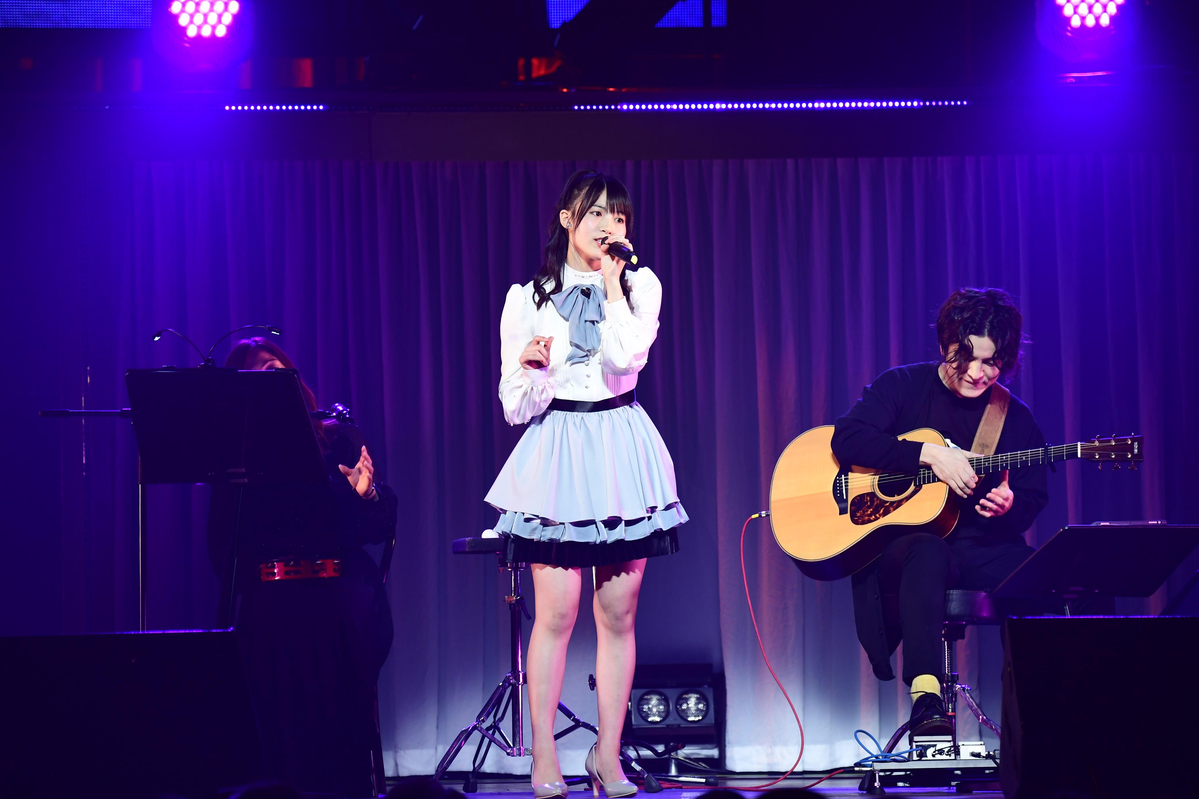 AKB48岡部麟、ソロコンサートに小嶋陽菜がサプライズ登場!【写真10枚】の画像003