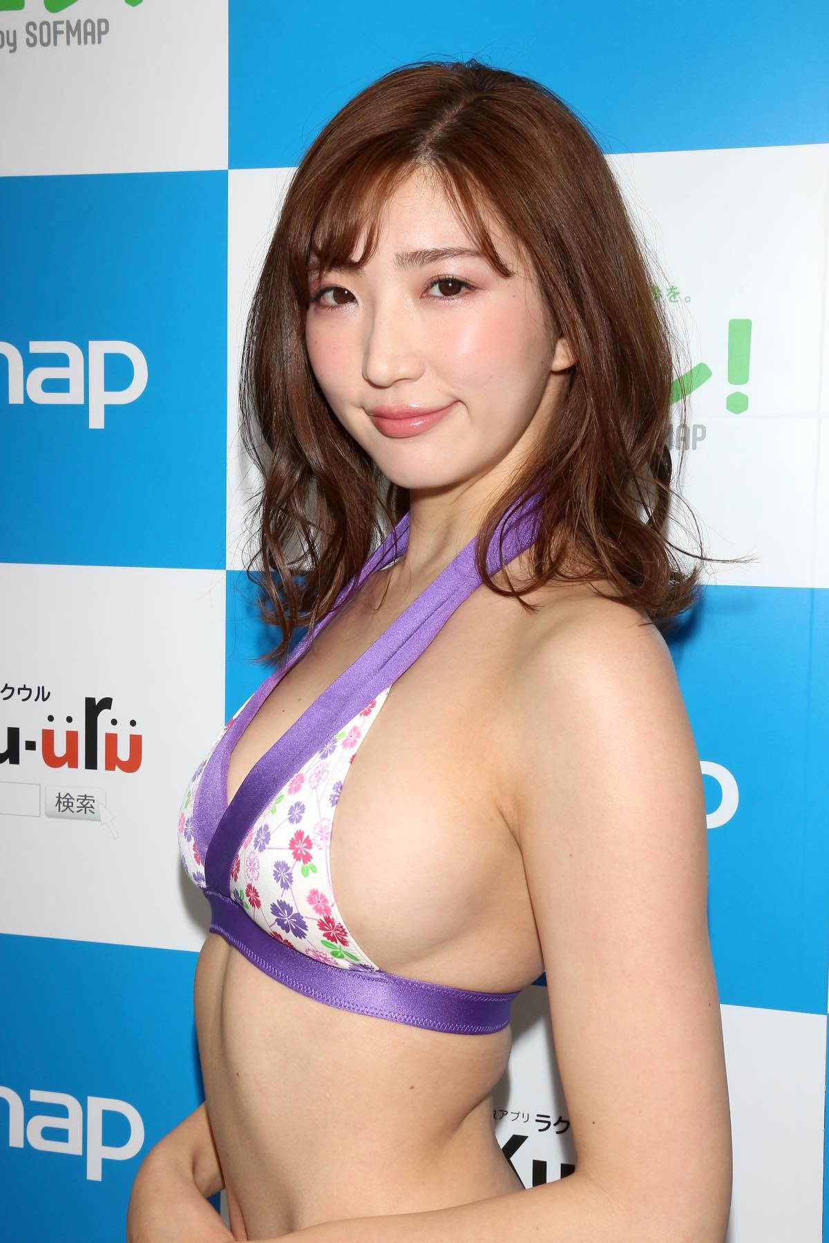 松嶋えいみのグラビア水着ビキニ画像016
