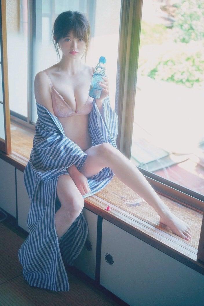 NGT48中井りか「はだけた浴衣姿にドキっ」夏らしいショットにファン「セクシーなんだけど可愛いくて…」【画像2枚】の画像
