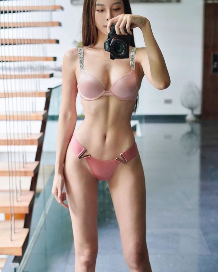 キャスリン・リー「鍛え上げられた美ボディに称賛!」腹筋を割る秘訣を公開?の画像