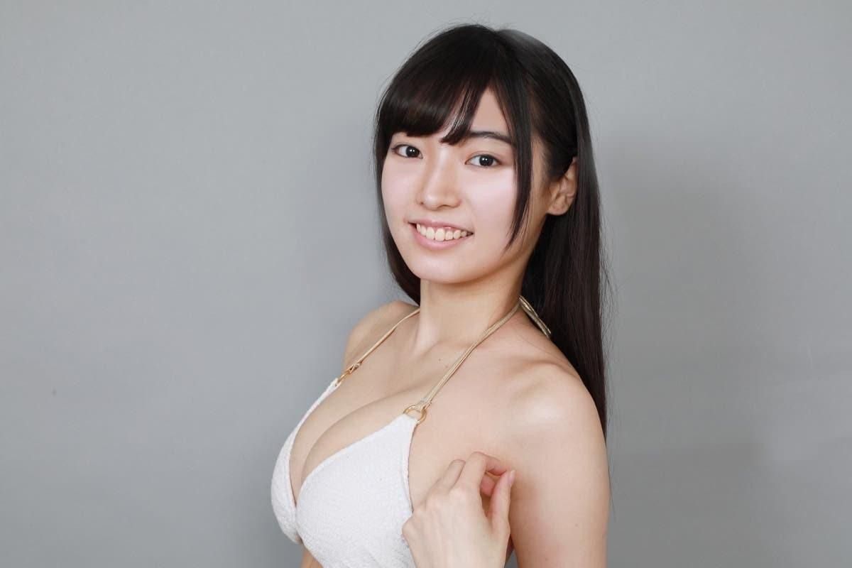 桜田愛音のグラビア水着ビキニ画像0016