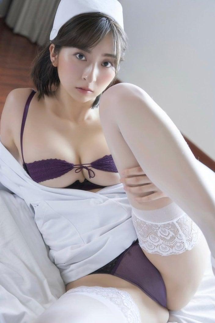 緒方咲「けしからんハイレグナース」エロすぎる撮影会に参戦!の画像