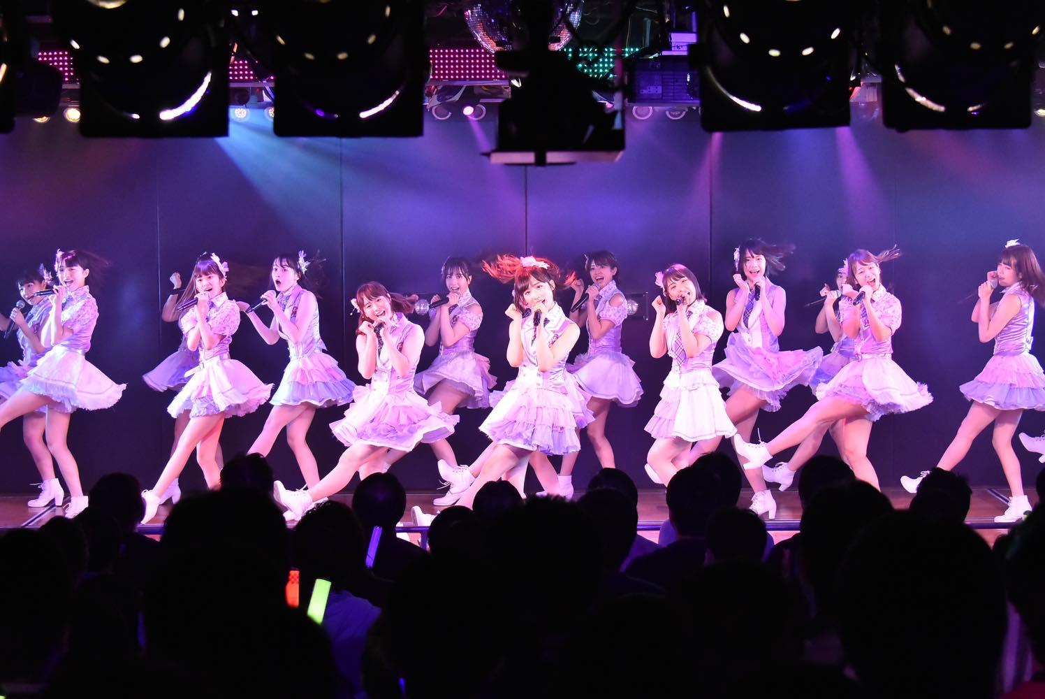 AKB48チーム8が新曲『好きだ 好きだ 好きだ』を初披露、全国ツアーの⽇程も発表【写真6枚】の画像001