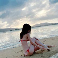 柏木由紀「しっとりオトナな美ボディにドキっ」最新写真集のオフショットを公開【画像2枚】の画像