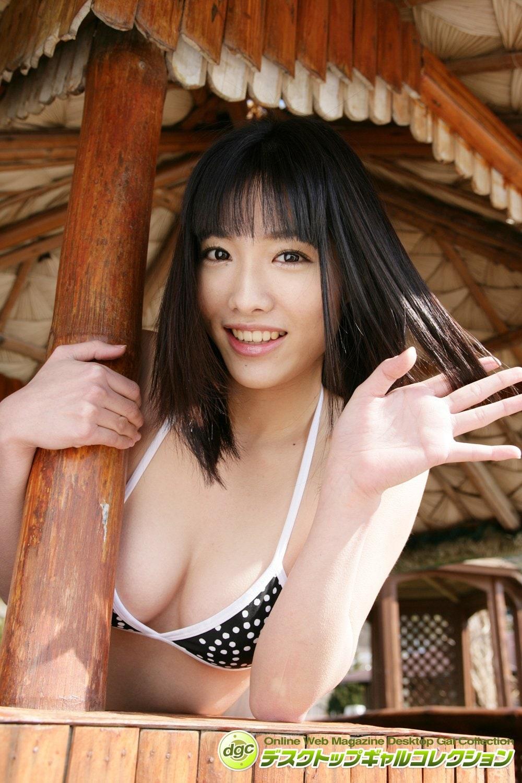 今野杏南「デビュー時のビキニ姿」フレッシュなグラビアを発掘!【写真5枚】の画像004