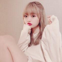 NGT48中井りか「あざとい美ふともも」ビッグサイズなファッションでファン魅了【画像2枚】の画像