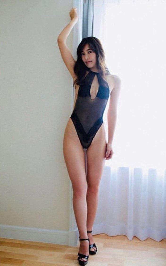 江藤菜摘「シースルーの黒ハイレグ」超絶美脚がたまらない!の画像