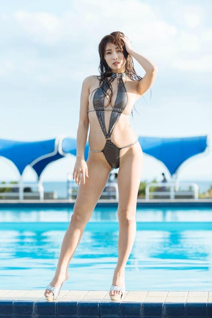 """橋本梨菜は7位、1位は誰だ!? """"水着グラビア""""2018年ランキングを発表!の画像017"""