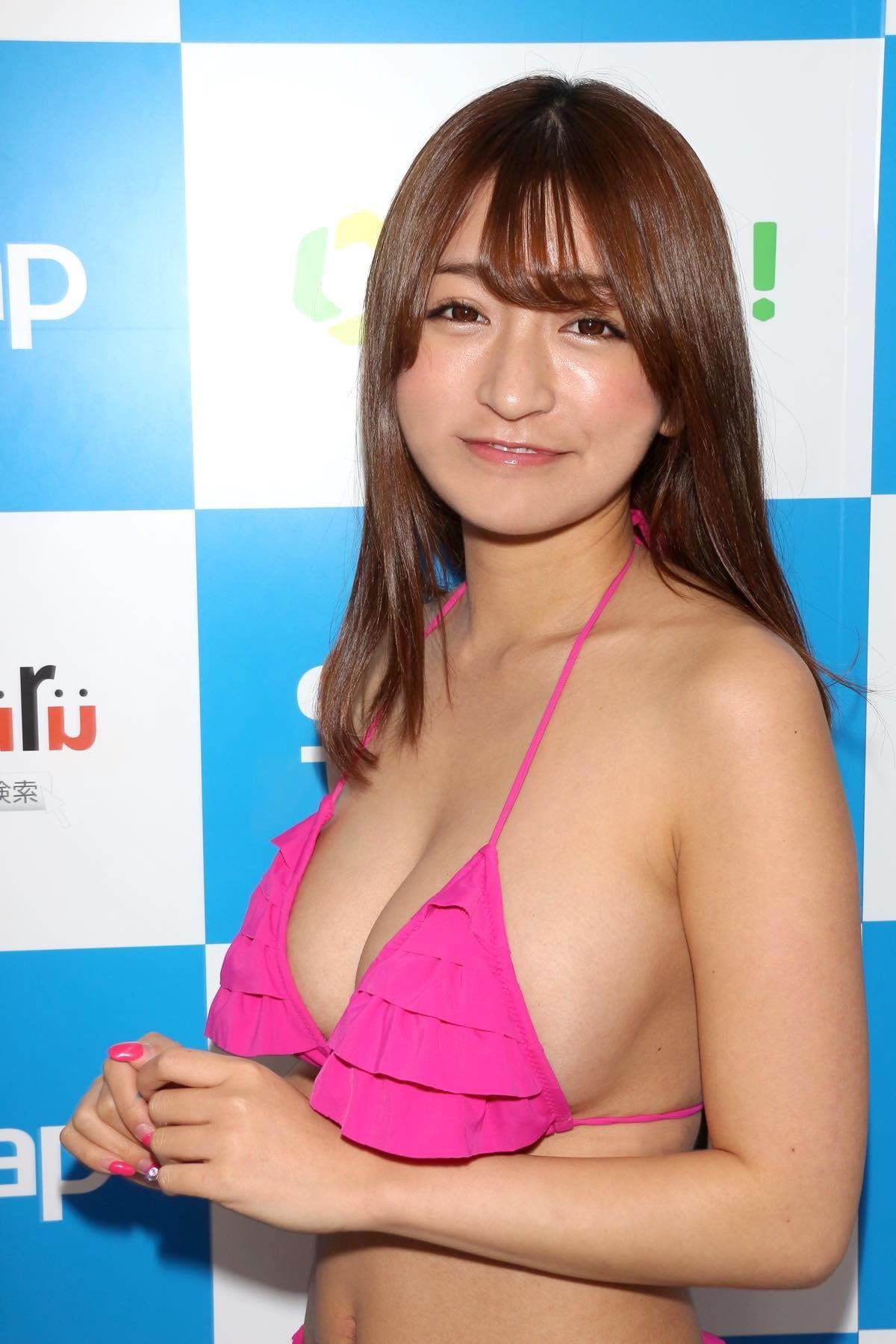 ☆HOSHINO「シャツがどんどん透けちゃう」エプロンはほぼ裸!【写真35枚】の画像013