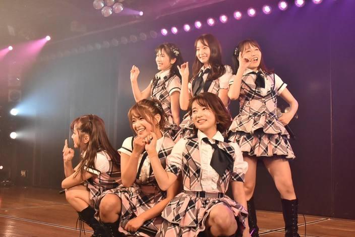 AKB48 9期生6名が集結!10周年を迎え、感動の涙【写真10枚】の画像