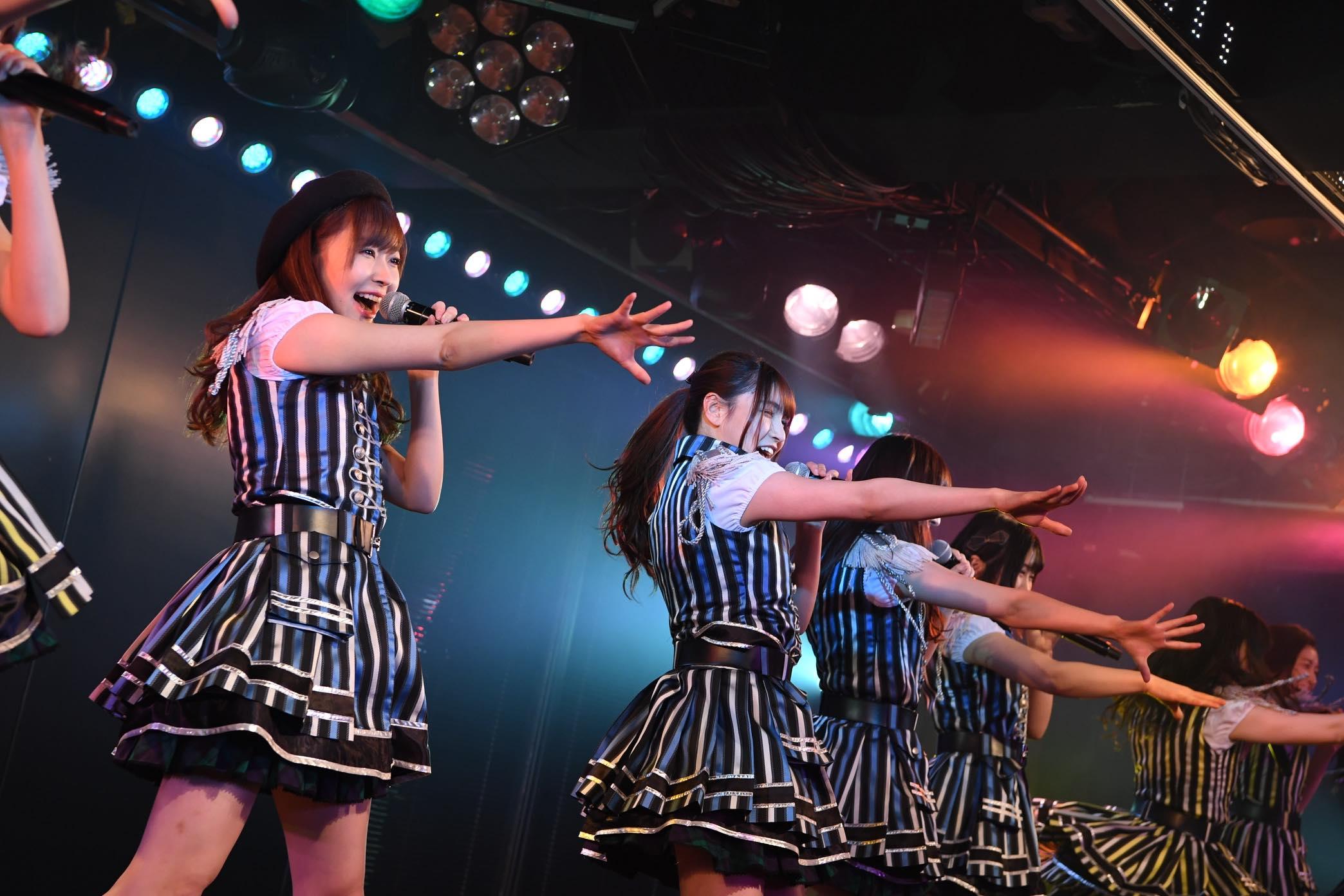 指原莉乃が深夜のAKB劇場でステージに登場!【写真13枚】の画像009