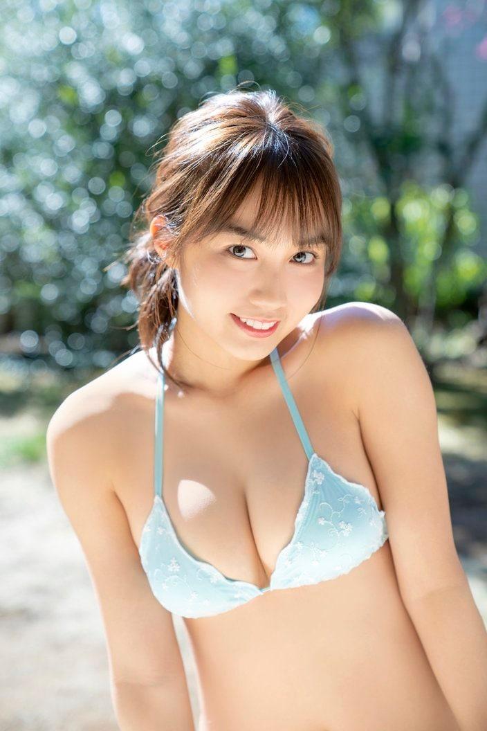 黒木ひかり「むっちむちの現役JK」『漫画アクション』のアザーカットが到着!【画像4枚】の画像