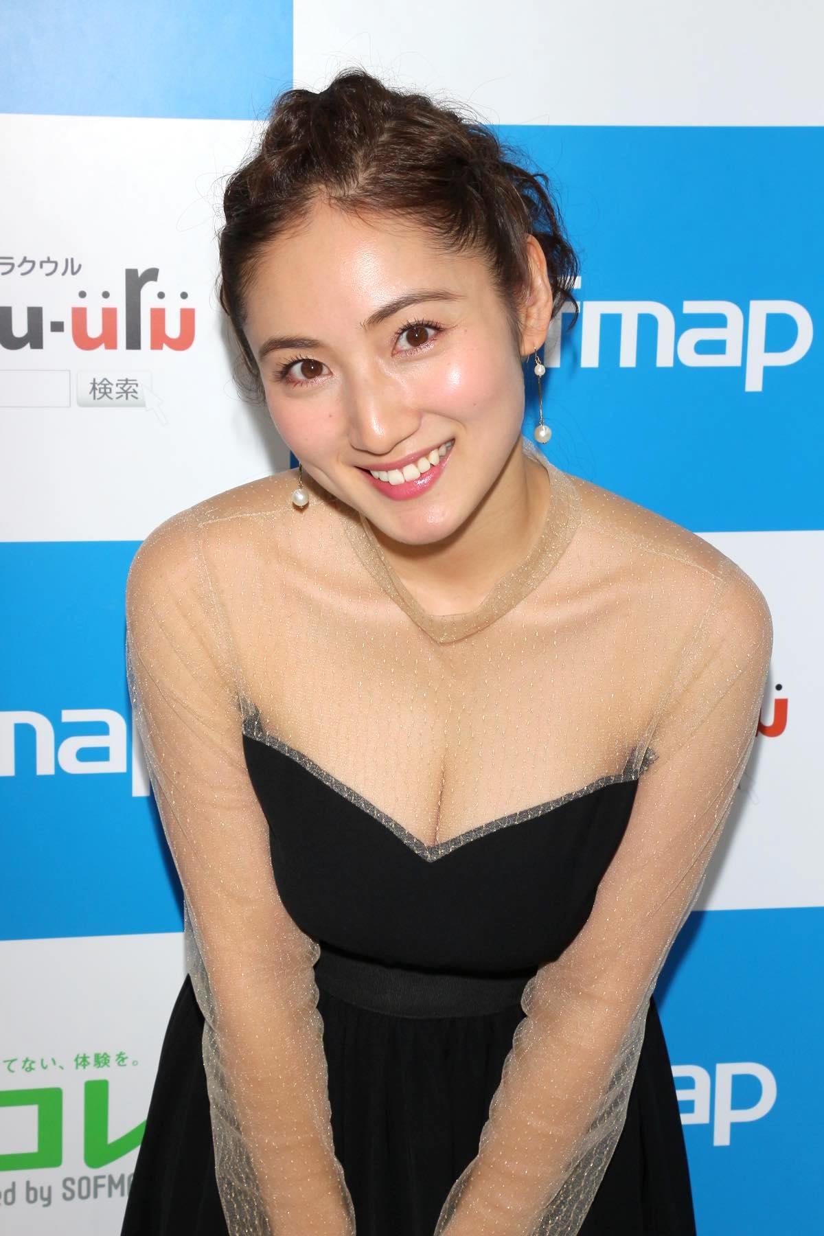 紗綾のグラビア水着ビキニ画像0024