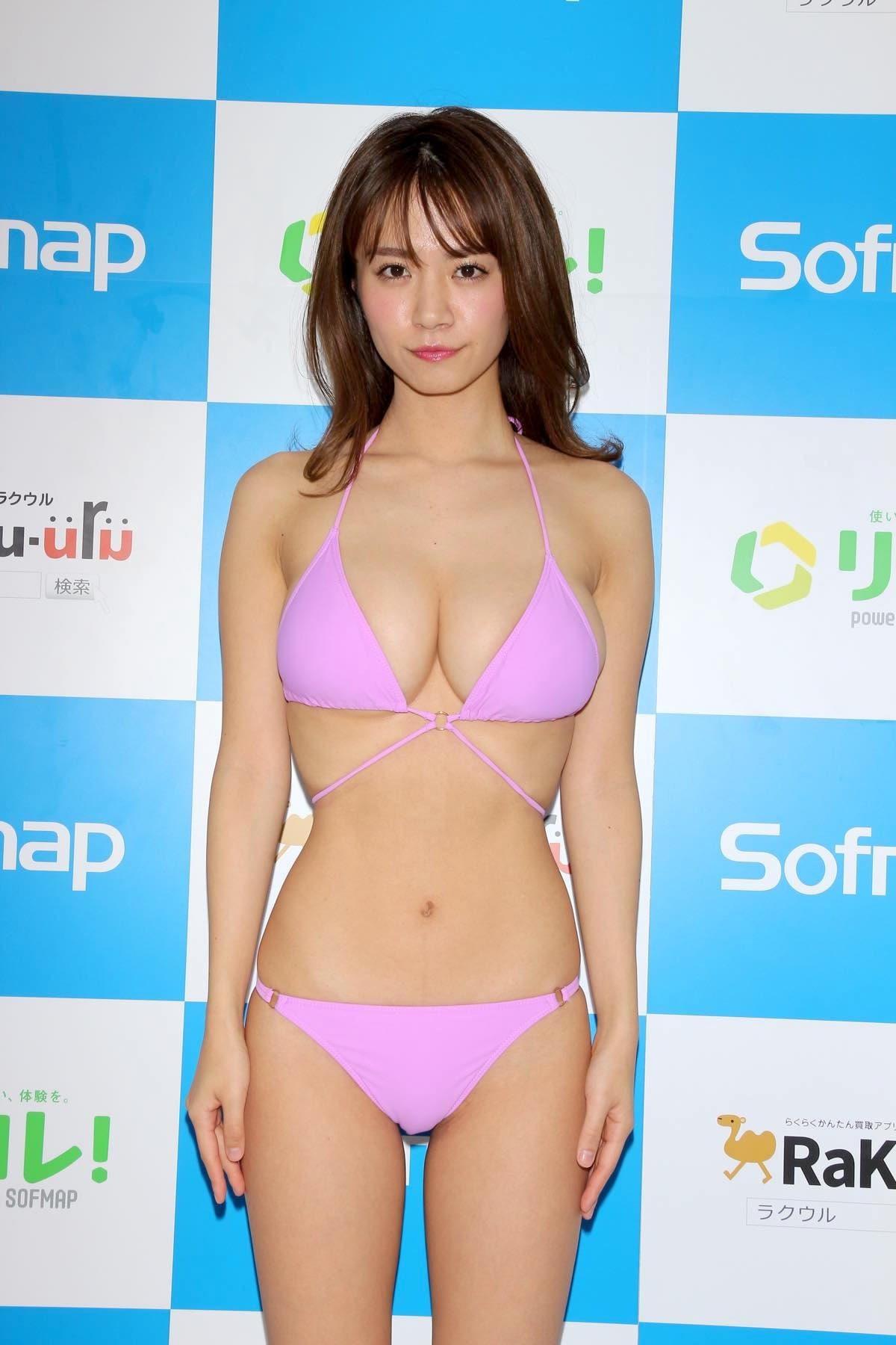 菜乃花のグラビア水着ビキニ画像06