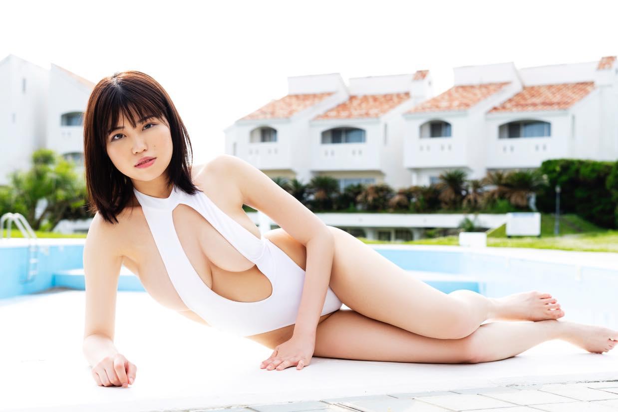 麻亜子「Gカップバスト」が揺れて揺れて揺れまくり!【写真18枚】の画像014