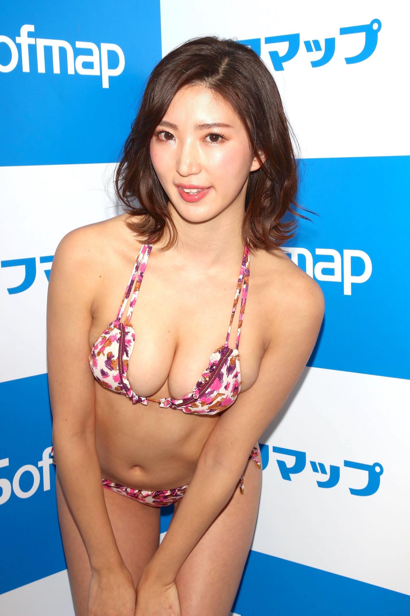松嶋えいみ「ニップレスがはがれる」赤面ハプニングを大胆告白【写真21枚】の画像011