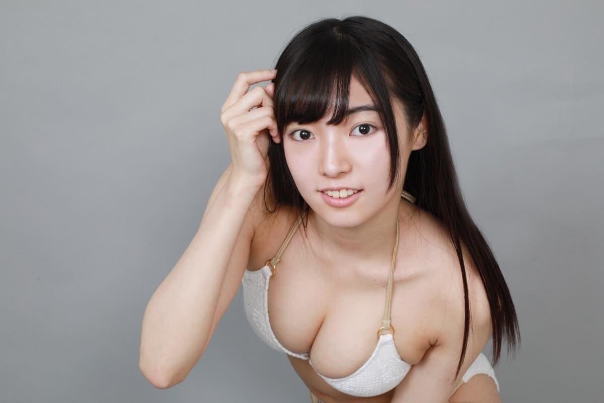 桜田愛音のグラビア水着ビキニ画像0027