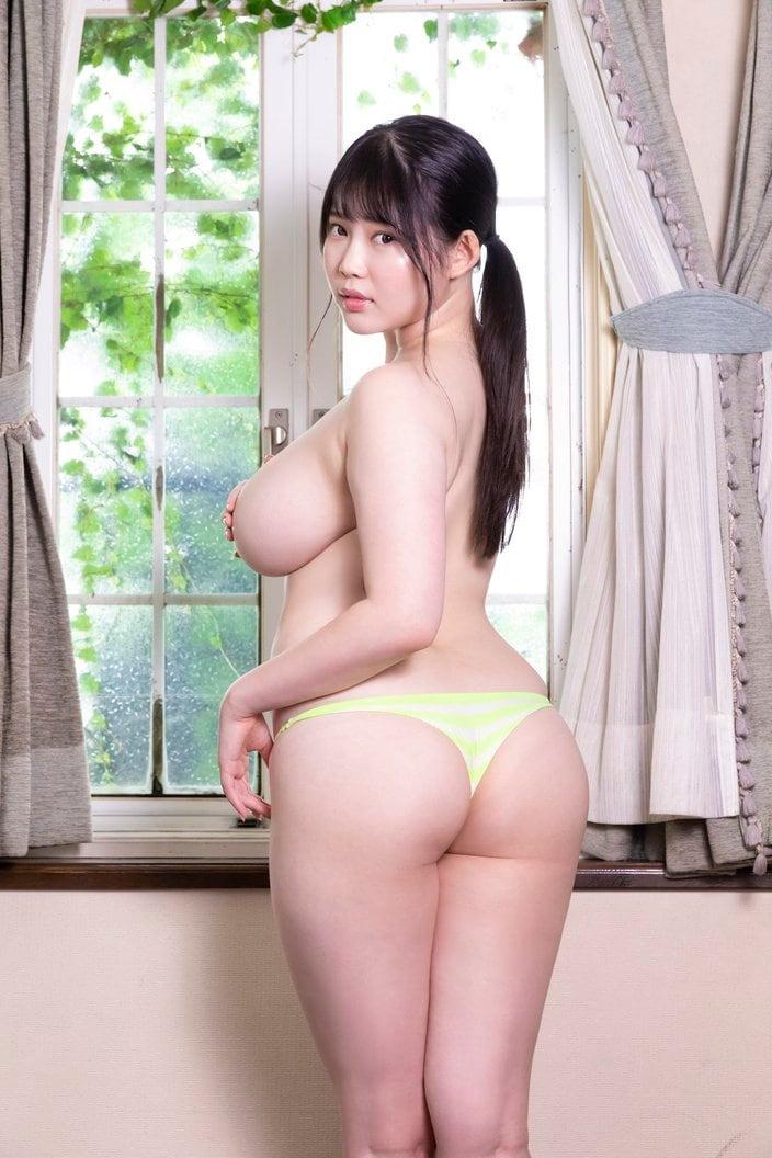 伊川愛梨「驚異のリリースラッシュ!」国宝級Jカップを持つ現役女子大生グラドル【画像5枚】の画像002