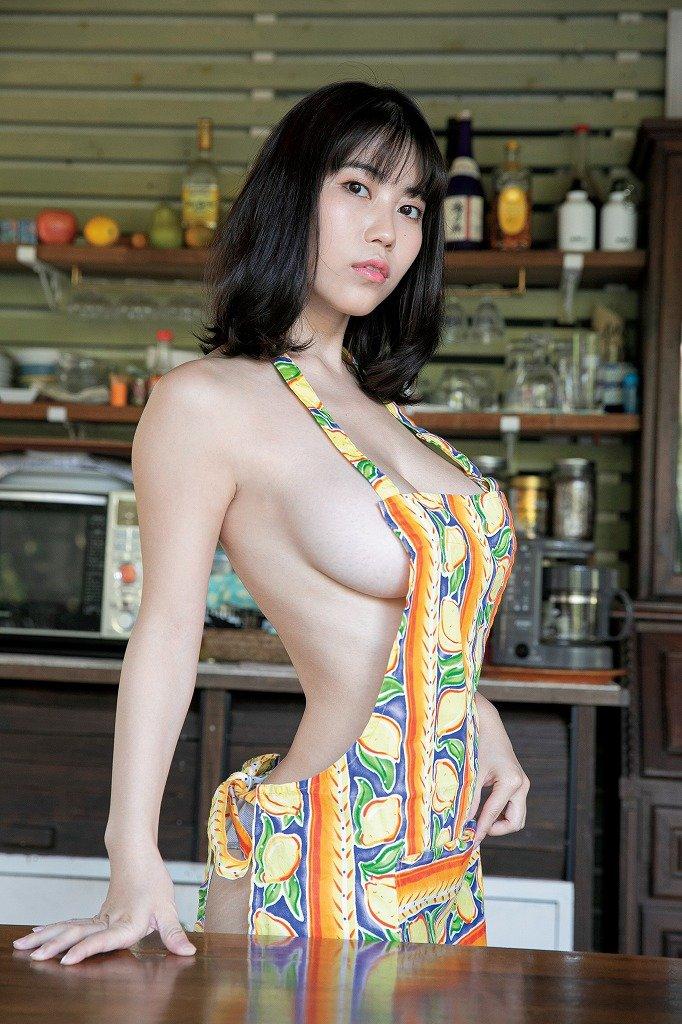 伊織いおのグラビア水着ビキニ画像5