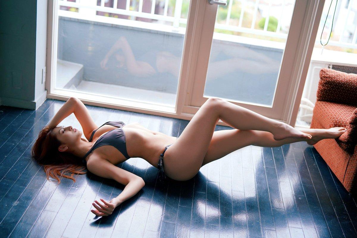 アンジェラ芽衣「美しすぎる肢体」『B.L.T.』ゼロイチジャック号のオフショットを公開!【画像8枚】の画像004