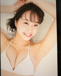 NMB48加藤夕夏「柔らかそうな美バストが映える…」表紙争奪バトルに向けてファンに呼びかけ【画像3枚】の画像