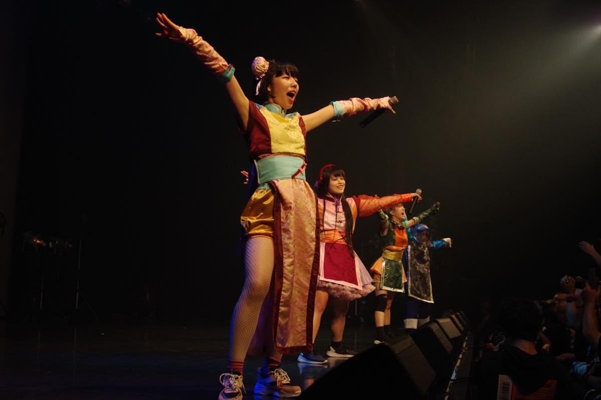 """めろん畑 a go go""""ロッキンなマスクアイドル""""が、新たな仲間とワンマンライブを開催!【写真22枚】の画像010"""