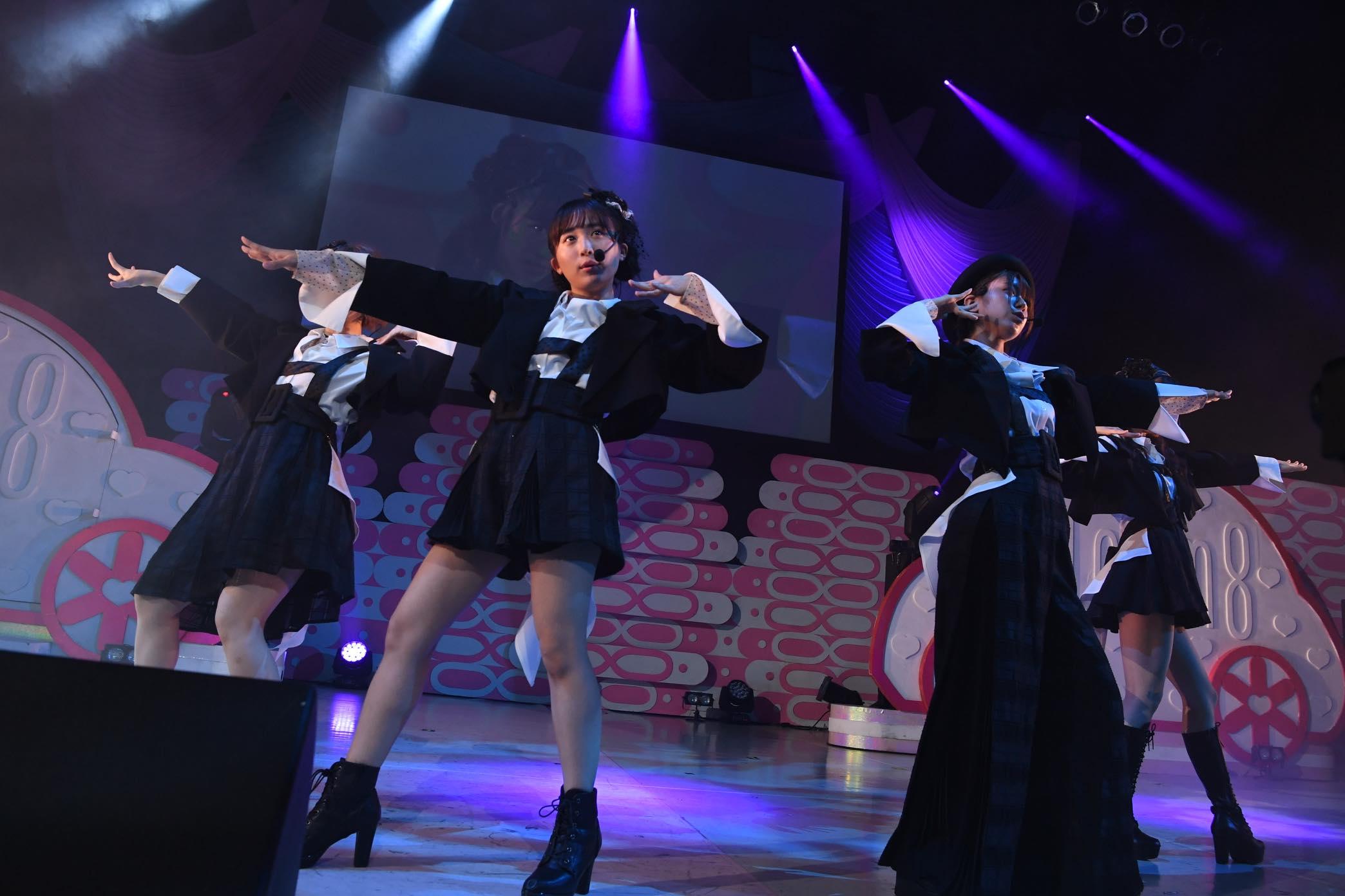 AKB48チーム8大阪公演開催、OGメンバーも集結!【写真22枚】の画像017