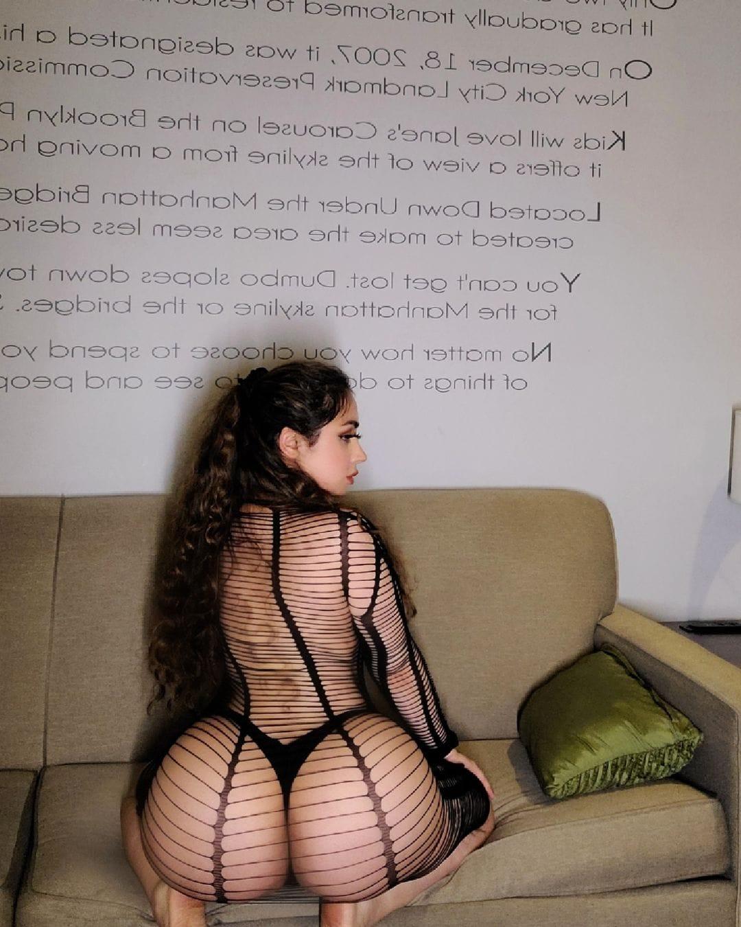 シルパ・セシィ「ニューデリーが生んだ巨尻娘」アミアミのスケスケドレスでTバックを…【画像6枚】の画像003