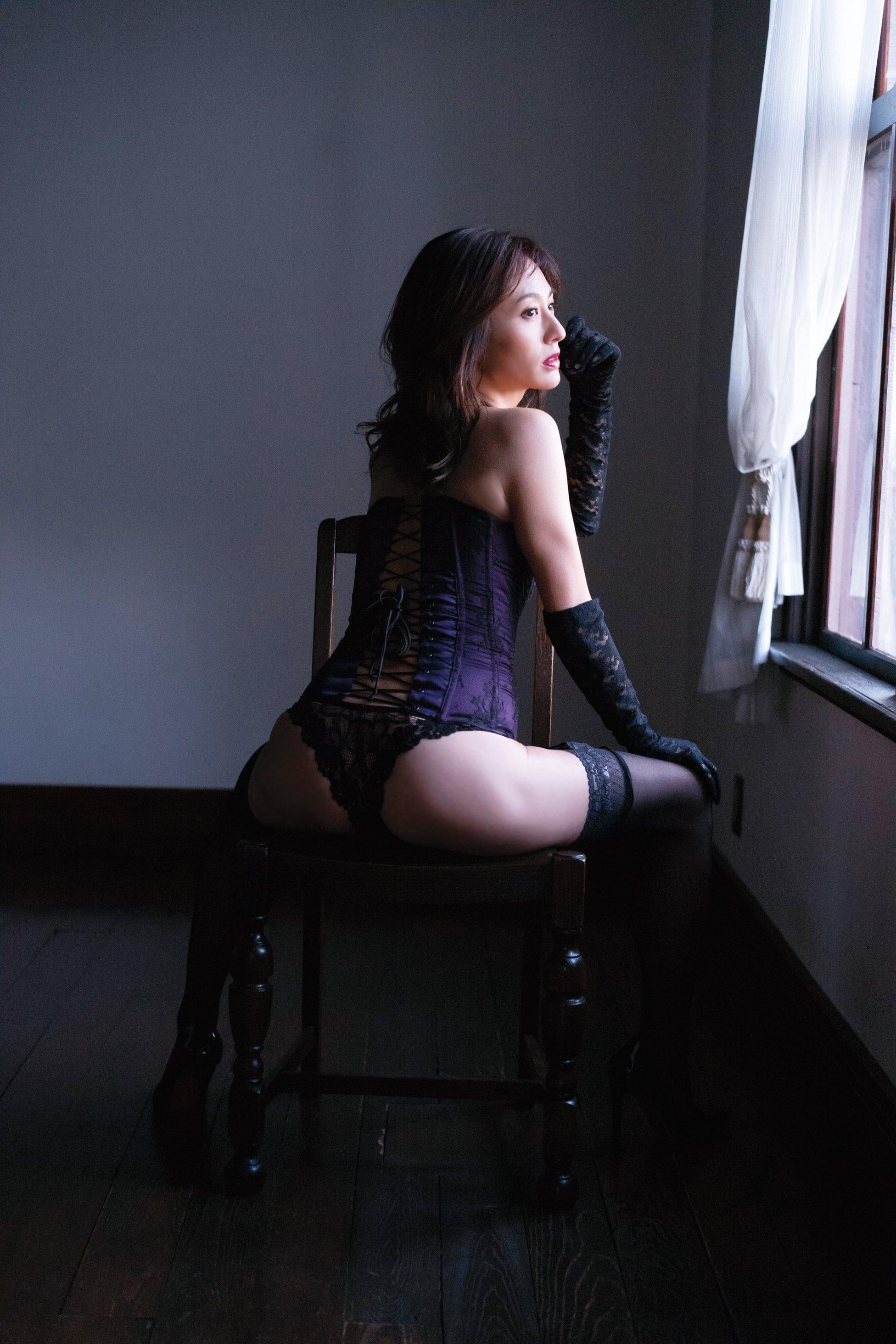 遠野舞子「伝説の美女」40代の復帰グラビアが凄い!【写真7枚】の画像003