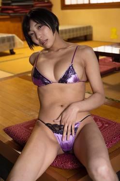 藤田恵名、麻倉まりな、日里麻美、緑川ちひろ…ミス東スポが輩出した個性的グラドルの数々の画像