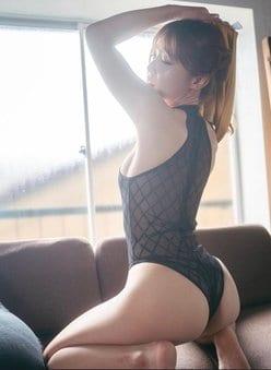 """""""釣りドル""""吉野七宝実「熟したお尻はいかが?」旬を感じる艶姿の画像"""