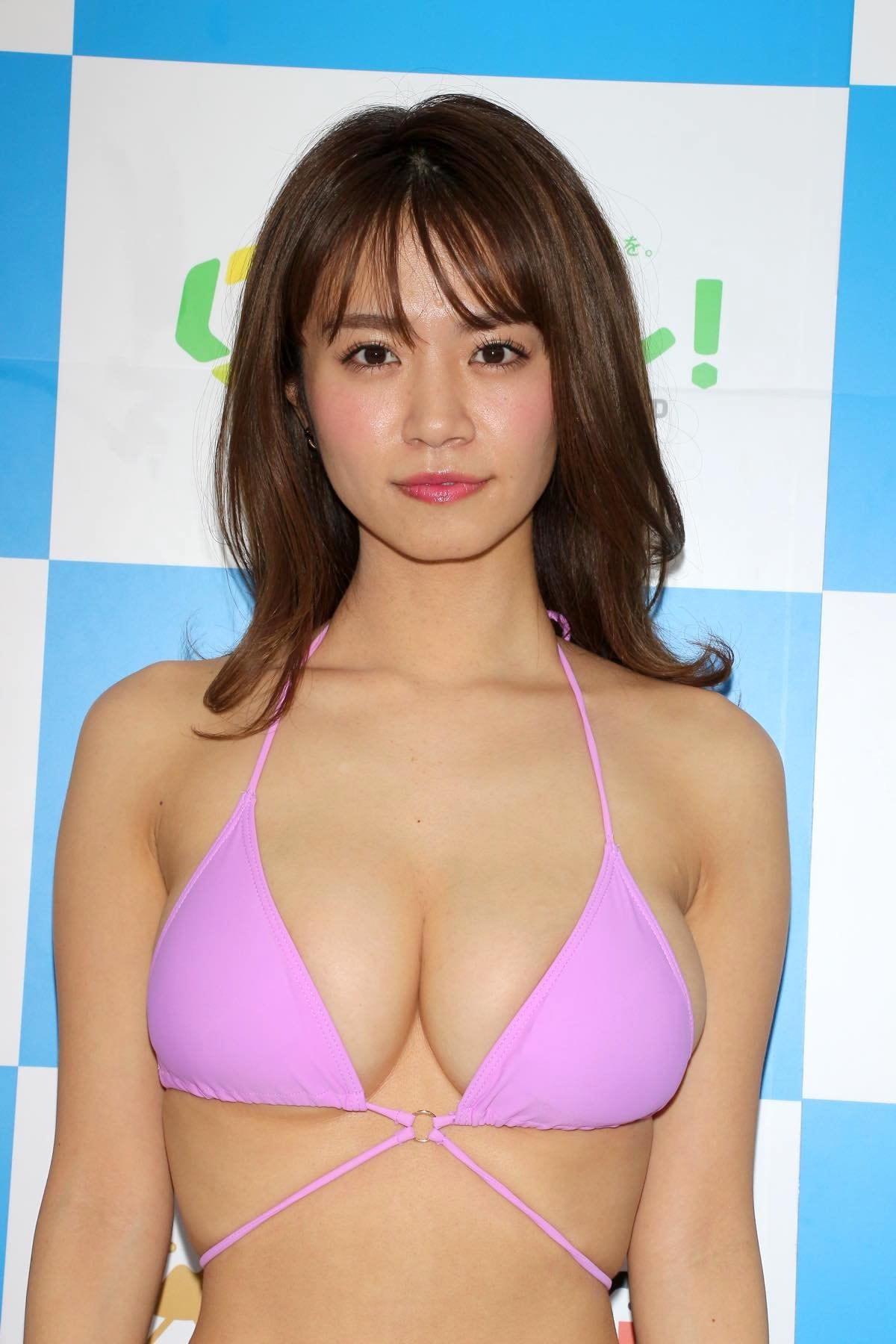菜乃花のグラビア水着ビキニ画像08
