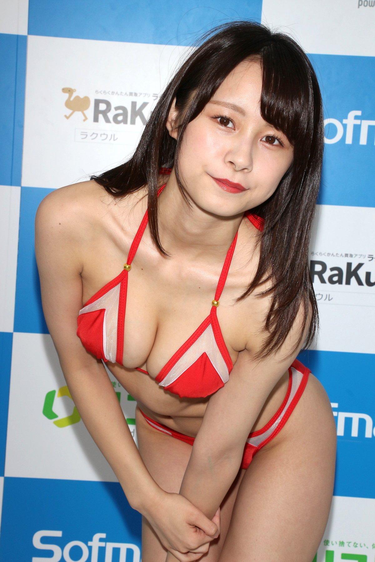 桜木美涼「Y字バランスに挑戦」意外とできちゃった【画像55枚】の画像033