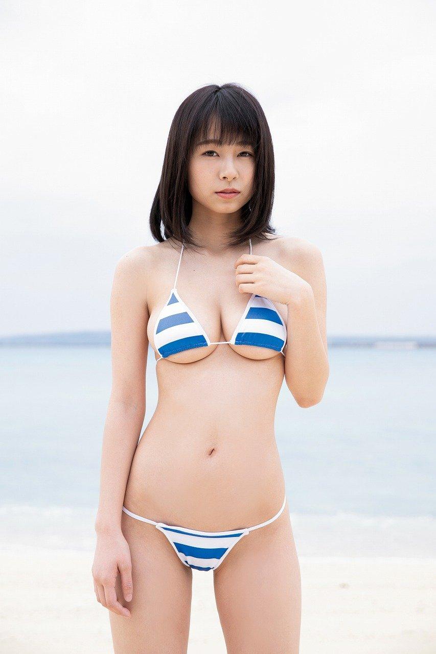 桜木美涼のグラビア水着ビキニ画像3