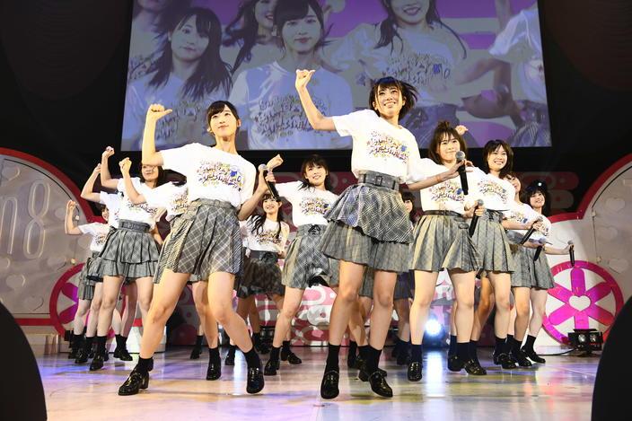 AKB48史上初の平日4公演開催、新メンバーもお披露目!【写真26枚】の画像