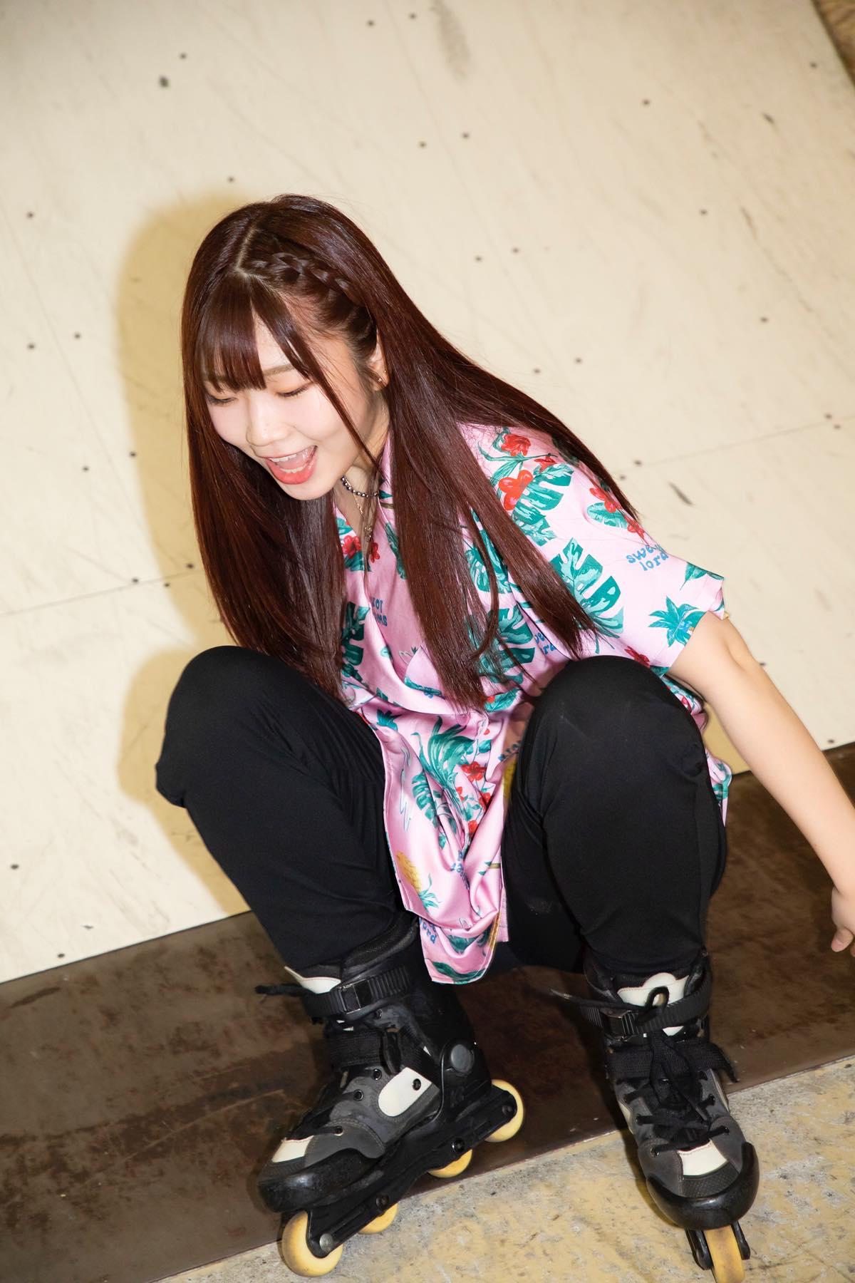 米田みいな「初めてのインラインスケートでなぜかにゃんこスターのモノマネ!?」【写真37枚】【連載】ラストアイドルのすっぴん!vol.21の画像021