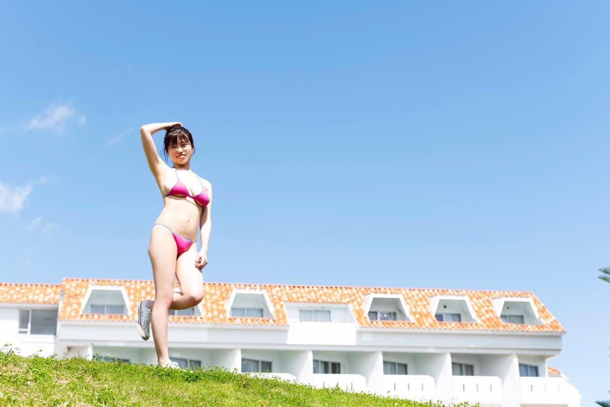 麻亜子「Gカップバスト」が揺れて揺れて揺れまくり!【写真18枚】の画像012